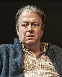 Roger Allam Headshot
