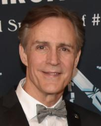 Howard McGillin Headshot