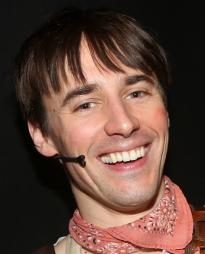 Reeve Carney small photo