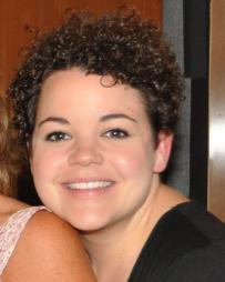 Melanie Field Headshot