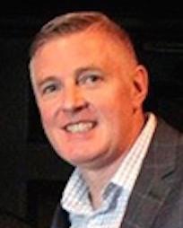 Steve Dow Headshot