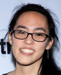 Lauren Yee Headshot
