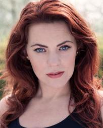 Rachel Tucker Headshot
