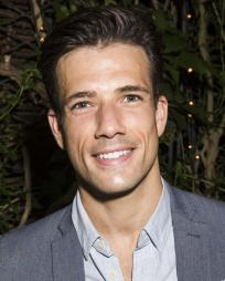 Danny Mac Headshot