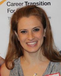 Courtney Iventosch Headshot