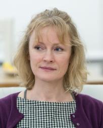 Claire Skinner Headshot