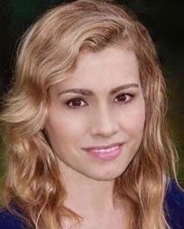 Juliette Bennett Headshot