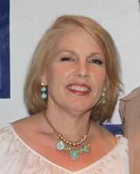 Roberta Wall Headshot