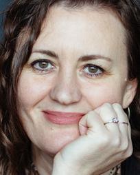 Lisa Rothe Headshot