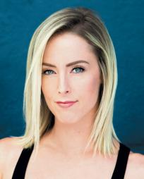 Molly Winter Stewart Headshot