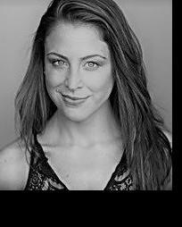 Shannon Mullen Headshot