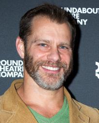 Noah Brody Headshot