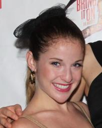 Danielle Carlacci Headshot