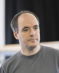 Tim Samuels Headshot