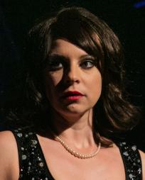 Lucy Williamson Headshot