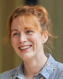 Laura Rogers Headshot