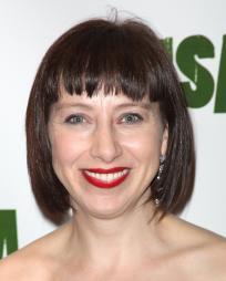 Sarah Moyle Headshot