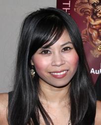 Camille Mana Headshot
