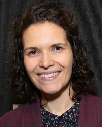 Erika Sheffer Headshot