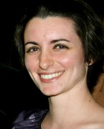 Theresa Flanagan Headshot