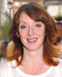 Elizabeth Berrington Headshot