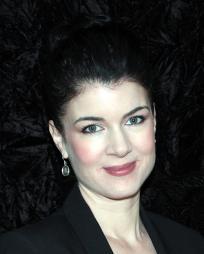 Gabrielle Miller Headshot