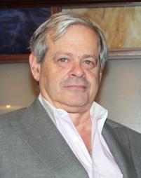 Daniel Okrent Headshot