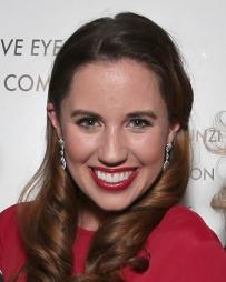 Nikki Bohne Headshot
