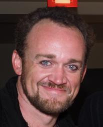 Dennis Kyle Headshot