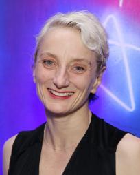 Amanda Lawrence Headshot