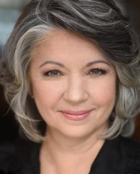 Paulette Oliva Headshot