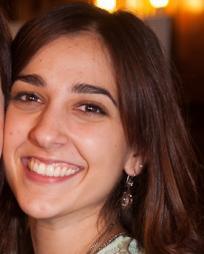 Laura Enrech Headshot