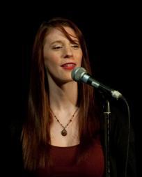 Julia McLellan Headshot