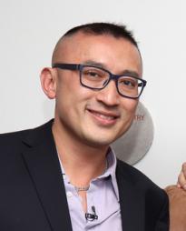Huang Ruo Headshot