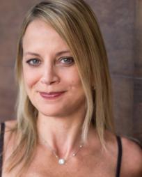 Lori Kee Headshot