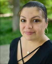 Anna Skidis Vargas Headshot