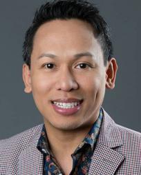 Jhett Tolentino Headshot