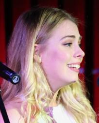 Samantha Dorsey Headshot