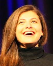 Katie Bernstein Headshot