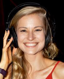 Kathryn Boswell Headshot