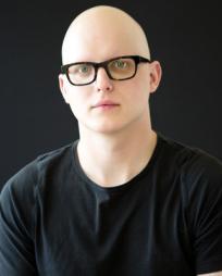 Zak Reynolds Headshot