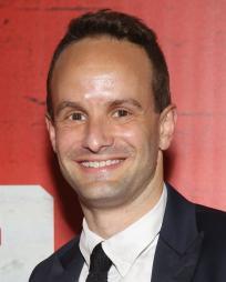 Nick Mills Headshot