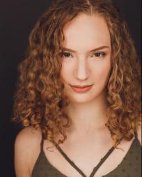 Victoria Dieck Headshot