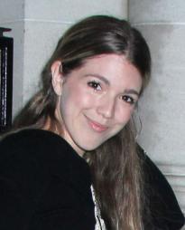 Emily Reeves Headshot