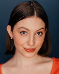 Alyssa Batsakis Headshot