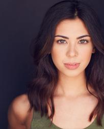 Olivia Kaufmann Headshot
