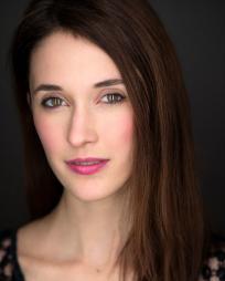 Erin Neufer Headshot