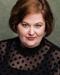 Kara Mikula Headshot