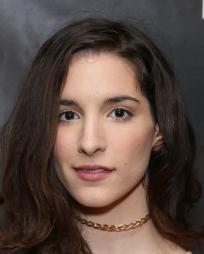 Myriam Deraiche Headshot