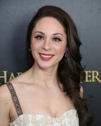 Lauren Nicole Cipoletti Headshot